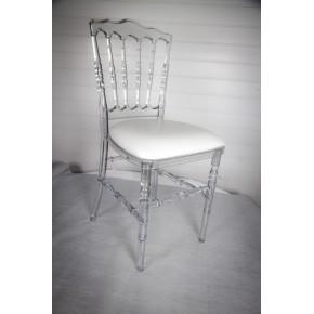 Chaise napoléon transparente