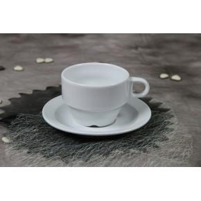 Tasse de thé avec sa sous-tasse